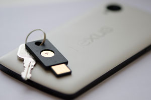 YubiKey-NEO-on-Keychain-with-Nexus-5-White-web